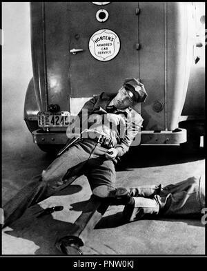 Prod DB © Universal / DR POUR TOI J'AI TUE (CRISS CROSS) 1949 de Robert Siodmak USA d'apres le roman de Don Tracy avec Burt Lancaster  policier, mort, attaque, - Stock Photo