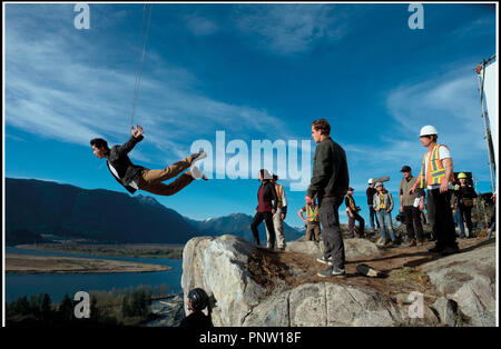 Prod DB © Lionsgate - Saban Brands -Saban Entertainment / DR POWER RANGERS de Dean Israelite 2017 USA avec Ludi Lin sur le tournage - Stock Photo
