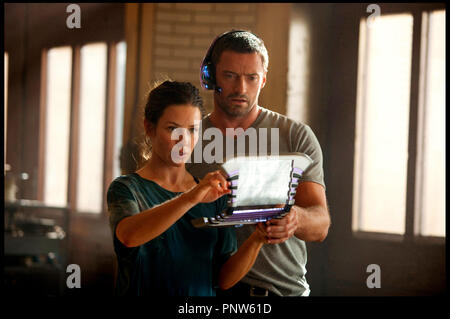 Prod DB © DreamWorks SKG - Angry Films / DR REAL STEEL de Shawn Levy 2011 USA avec Evangeline Lilly et Hugh Jackman science fiction, anticipation - Stock Photo
