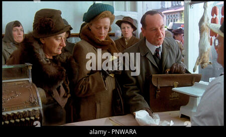 Prod DB © HandMade Films / DR PORC ROYAL (A PRIVATE FUNCTION) de Malcolm Mowbray 1984 GB avec Liz Smith et Maggie Smith - Stock Photo