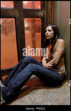 Prod DB © Rogue Pictures / DR THE RETURN de Asif Kapadia 2006 USA avec Sarah Michelle Gellar angoisse, ambiance, couteau a cran d'arret - Stock Photo