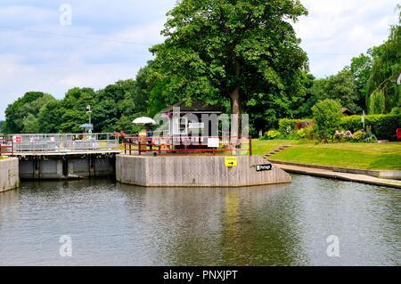 Boveney Lock River Thames Windsor - Stock Photo