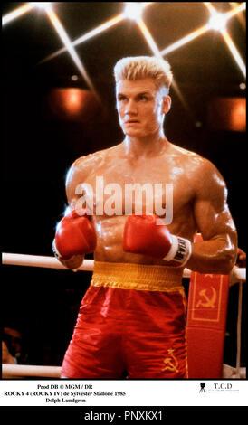 Prod DB © MGM / DR ROCKY 4 (ROCKY IV) de Sylvester Stallone 1985 USA avec Dolph Lundgren muscles, boxeur, ring, sport - Stock Photo