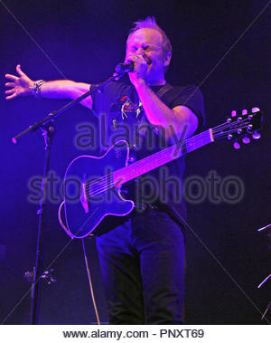 Cutting Crew perform in Warrington, Cheshire - Stock Photo