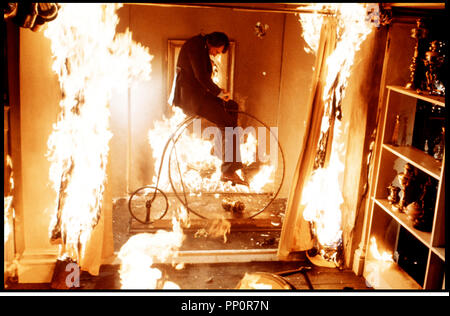Prod DB © Amicus / DR TALES THAT WITNESS MADNESS (TALES THAT WITNESS MADNESS) de Freddie Francis 1973 GB incendie, absurde - Stock Photo
