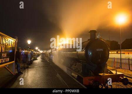 Kidderminster, UK. 22nd  September, 2018. Excitement at the Severn Valley Railway's Autumn Steam Gala continues well into the night, yet again, as visitors take full advantage of the extensive all-night timetable running this evening. Credit: Lee Hudson/Alamy Live News - Stock Photo