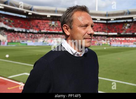 firo: 22.09.2018 Fuvuball, Football: 1.Bundesliga 1.FC Nvºrnberg - Hanover 96, coach Andre Breitenreiter, Hannover, 96, half figure, | usage worldwide - Stock Photo