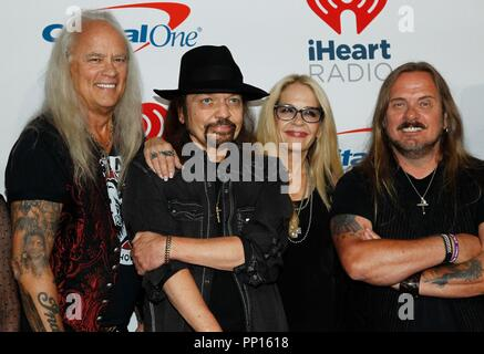 Las Vegas,  USA. 22nd Sep, 2018. Rickey Medlocke, Gary Rossington, Dale Krantz Rossington, Johnny Van Zant of Lynyrd Skynyrd at arrivals for 2018 iHeartRadio Music Festival - SAT, T-Mobile Arena, Las Vegas, NV September 22, 2018. Credit: JA/Everett Collection/Alamy Live News - Stock Photo