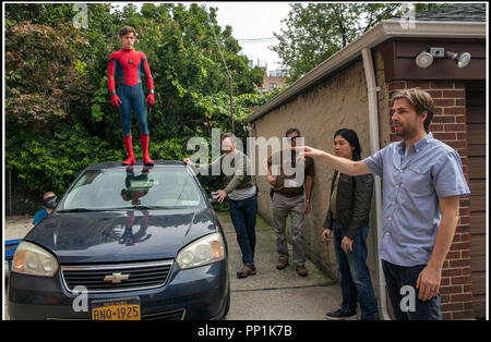 Prod DB © Sony - Columbia Pictures - Marvel Entertainment - LStar Capital - Pascal Pictures / DR SPIDER-MAN: HOMECOMING de Jon Watts 2017 USA avec Tom Holland et Jon Watts sur le tournage - Stock Photo