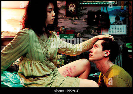 Prod DB © Moho Film / DR THIRST, CECI EST MON SANG (BAKJWI - THIRST) de Park Chan-Wook 2009 Corée du Sud Kim Ok-Vin et Shin Ha-Kyun vampires - Stock Photo