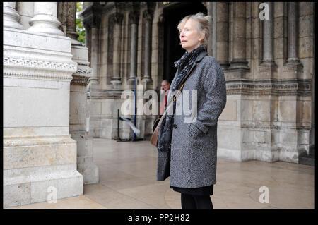 Prod DB © N. Dove - Film4 - Free Range Films - Le Bureau / DR UN WEEK-END A PARIS (LE WEEK-END) de Roger Michell 2013 GB avec Lindsay Duncan - Stock Photo
