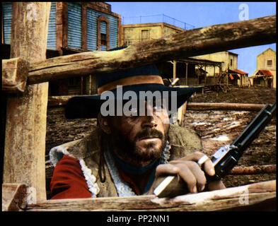 Prod DB © Mega Film / DR LE TEMPS DU MASSACRE (TEMPO DI MASSACRO) de Lucio Fulci 1966 ITA avec Franco Nero western spaghetti, tirer au revolver, tre en embuscade - Stock Photo