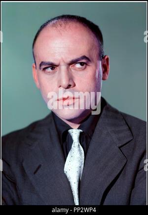 Prod DB © Rank Organisation / DR TUEURS DE DAMES (THE LADYKILLERS) de Alexander Mackendrick 1955 GB avec Herbert Lom portrait, regard - Stock Photo