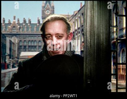 Prod DB © Rank Organisation / DR TUEURS DE DAMES (THE LADYKILLERS) de Alexander Mackendrick 1955 GB avec Alec Guinness inquietant, assassin - Stock Photo