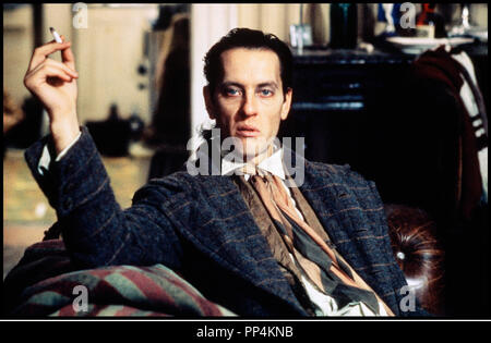 Prod DB © Handmade Films / DR WITHNAIL ET MOI (WITHNAIL & I) de Bruce Robinson 1987 GB cigarette, - Stock Photo
