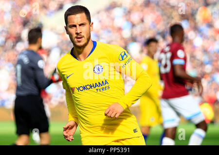 London, UK. 23rd Sept 2018. Eden Hazard of Chelsea looks on. Premier League match, West Ham United v Chelsea at the London Stadium, Queen Elizabeth Olympic Park in London on Sunday 23rd September 2018.  this image may only be used for Editorial purposes. Editorial use only, license required for commercial use. No use in betting, games or a single club/league/player publications . pic by Steffan Bowen/Andrew Orchard sports photography/Alamy Live news - Stock Photo