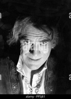 Original film title: THE BLACK ROOM. English title: THE BLACK ROOM. Year: 1935. Director: ROY WILLIAM NEILL. Stars: BORIS KARLOFF. Credit: COLUMBIA PICTURES / Album - Stock Photo