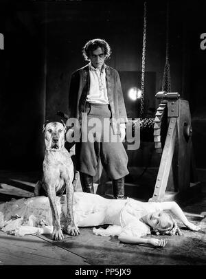 Original film title: THE BLACK ROOM. English title: THE BLACK ROOM. Year: 1935. Director: ROY WILLIAM NEILL. Stars: BORIS KARLOFF; MARIAN MARSH. Credit: COLUMBIA PICTURES / Album - Stock Photo