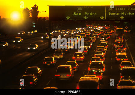 1992 HISTORICAL BUSY ROAD TRAFFIC ROUTE 101 HARBOR FREEWAY LOS ANGELES CALIFORNIA USA - Stock Photo