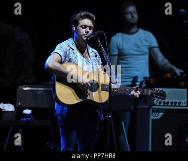 West Palm Beach, FL, USA. 23rd Sep, 2018. Niall Horan performs at The Coral Sky Amphitheatre on September 23, 2018 in West Palm Beach Florida. Credit: Mpi04/Media Punch/Alamy Live News - Stock Photo