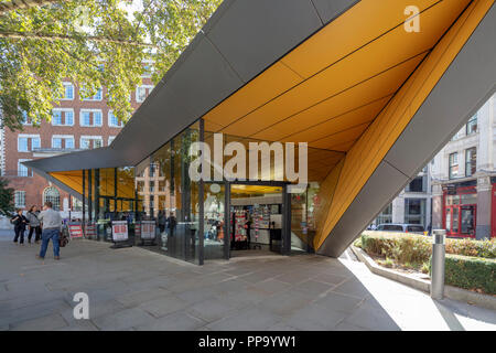 The City Information Centre, the only officially recognised Tourist Information Centre in central London, England, UK - Stock Photo