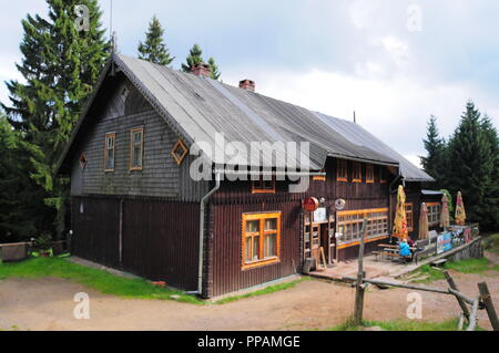 Mountain shelter 'Sowa' in Góry Sowie (Owl Mountains)(Eulengebirge) Poland 2018 - Stock Photo