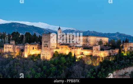 Evening mood, Alhambra on the Sabikah hill, Moorish citadel, Nasrid palaces, Palace of Charles the Fifth