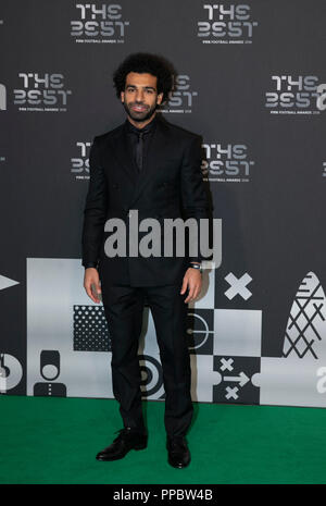 London, UK. 24th Sep, 2018. Mohamed Salah of Liverpool arrives on the Green Carpet ahead of the Best FIFA Football Awards 2018 in London, Britain on Sept. 24, 2018. Credit: Han Yan/Xinhua/Alamy Live News - Stock Photo