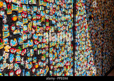 sale to tourists of souvenir magnets in the resort Bulgaria.Sunny beach.25.08.2018 - Stock Photo