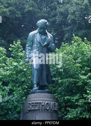 Ludwig van Beethoven (1770-1827). German composer. Statue by Hugo Uher (1882-1945), 1929. Karlovy Vary. Czech Republic. - Stock Photo