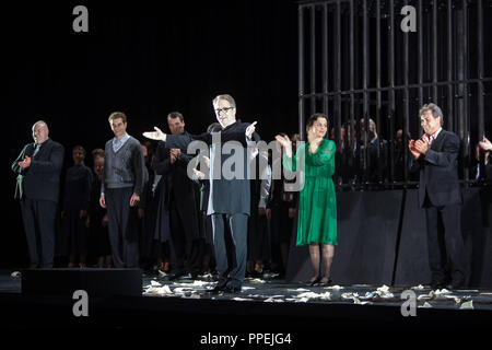 Premiere of the opera 'La Juive' by Fromental Halevy at the National Theater at the opening of the Munich Opera Festival. In the picture, conductor Bertrand de Billy (m.) during the final applause. - Stock Photo