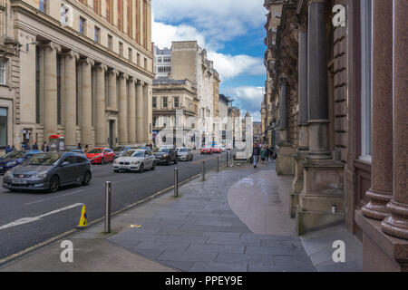 Glasgow City, Scotland, UK - September 22, 2018: Looking along St Vincent Street Glasgow busy with pedestrians and traffic. - Stock Photo