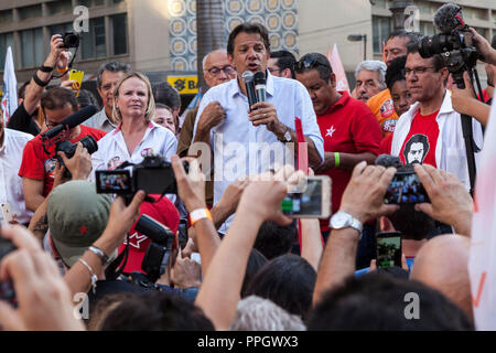 Campinas, Sao Paulo, Brazil. 25th Sep, 2018. Presidential candidate Fernando Haddad at an electoral campaign event of the Workers Party (PT). Former mayor of Sao Paulo, Haddad recently replaced Lula as a presidential candidate, as the top Electoral Court banned Lula from the race. Credit: Gabor Basch/Alamy Live News - Stock Photo