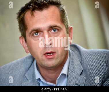 Prague, Czech Republic. 26th Sep, 2018. Rudolf Urbanek, General manager for Czech Republic and Slovakia at Microsoft, speaks to journalists on Microsoft's current priorities on the Czech market, in Prague, Czech Republic, on September 26, 2018. Credit: Vit Simanek/CTK Photo/Alamy Live News