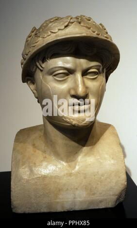Pyrrhus (318-272 BC). King of Epirus. Roman bust of the 1st century. Copy of an original dated in 290 BC. Great Perystile. Marble. Villa of the Papyri, Herculaneum. National Archaeological Museum. Naples. Italy. - Stock Photo