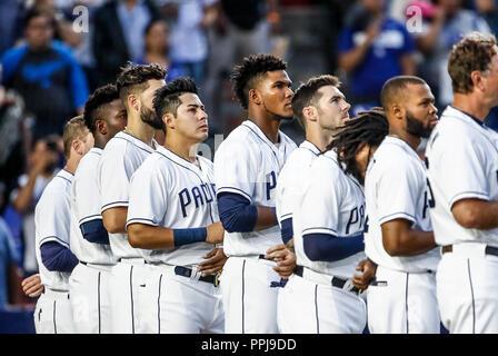 Christian Villanueva (i) y Freddy Galvis de San Diego, durante el partido de beisbol de los Dodgers de Los Angeles contra Padres de San Diego, durante - Stock Photo