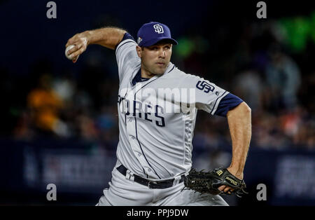 Craig Stammen. Baseball action during the Los Angeles Dodgers game against San Diego Padres, the second game of the Major League Baseball Series in Me - Stock Photo