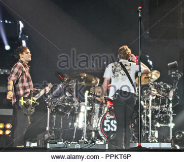 5 Seconds Of Summer bring their 'Sounds Live Feels Live' tour to a sold out manchester arena on the first of two nights on friday 22 April 2016 - Stock Photo