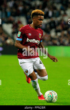 London, UK. 26th September 2018. Grady Diangana of West Ham United in action. EFL cup, Carabao cup 3rd round match, West Ham United v Macclesfield Town at the London Stadium, Queen Elizabeth Olympic Park in London on Wednesday 26th September 2018.  this image may only be used for Editorial purposes. Editorial use only, license required for commercial use. No use in betting, games or a single club/league/player publications . pic by Steffan Bowen/Andrew Orchard sports photography/Alamy Live news - Stock Photo