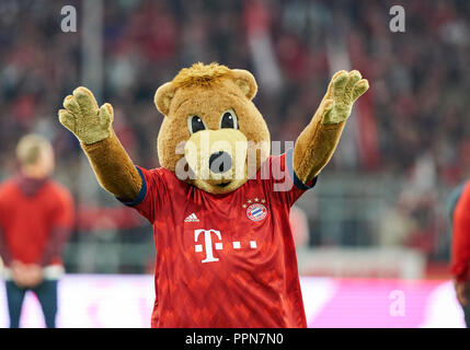 Munich, Germany. 25th Sep 2018. FC Bayern Soccer, Munich, September 25, 2018 FCB mascot Bernie   celebrate FC BAYERN MUNICH -  FC AUGSBURG 1-1  - DFL REGULATIONS PROHIBIT ANY USE OF PHOTOGRAPHS as IMAGE SEQUENCES and/or QUASI-VIDEO -  1.German Soccer League , Munich, September 25, 2018,  Season 2018/2019, matchday 5 © Peter Schatz / Alamy Live News - Stock Photo