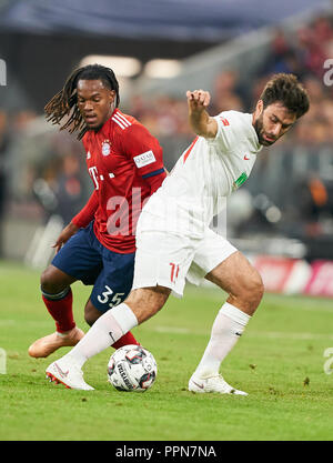 Munich, Germany. 25th Sep 2018. FC Bayern Soccer, Munich, September 25, 2018   Renato SANCHES, FCB 35  compete for the ball, tackling, duel, header against Jan MORAVEK, FCA 14  FC BAYERN MUNICH -  FC AUGSBURG 1-1  - DFL REGULATIONS PROHIBIT ANY USE OF PHOTOGRAPHS as IMAGE SEQUENCES and/or QUASI-VIDEO -  1.German Soccer League , Munich, September 25, 2018,  Season 2018/2019, matchday 5 © Peter Schatz / Alamy Live News - Stock Photo