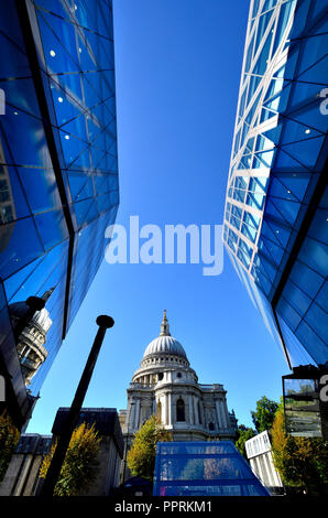 St Paul's Cathedral seen from One New Change, London, England, UK. - Stock Photo