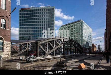 Hamburg,  Speicherstadt zwischen 1883 und 1927 errichtet, Poggenmühlenbrücke zur Hafen-City - Stock Photo