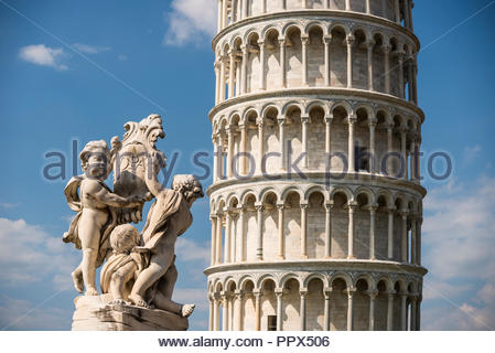 La Fontana dei Putti (Putti Fountain) and the Leaning Tower of Pisa, Tuscany, Italy - Stock Photo