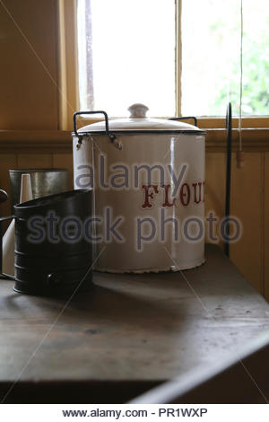 Glimpse of a retro kitchen. - Stock Photo