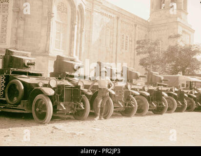 Palestine events. The 1929 riots, August 23 to 31. British armoured cars 'standing to' during the outbreak. At the Russian - Stock Photo