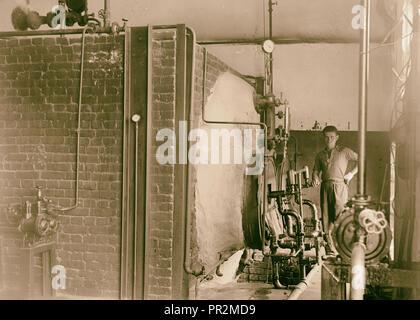 Jewish factories in Palestine on Plain of Sharon & along the coast to Haifa. Ramath Gan. The Argaman Textile Dyeing & Finishing - Stock Photo