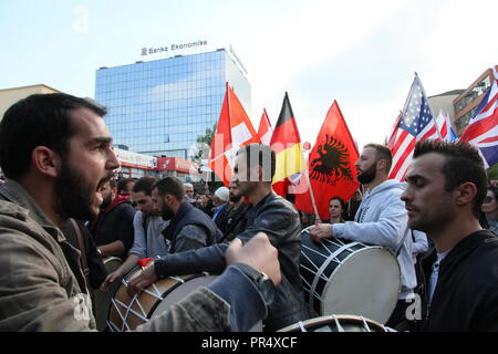 Pristina, Kosovo. 29th September 2018. Protesters gather in Skanderbeg Square, Pristina, Kosovo, to demonstrate against land swaps with Serbia proposed by President Hashim Thaci. The protest was organised by the opposition Vetevendosja (self determination) party led by Albin Kurti. Protesters called for the resignation of President Credit: William Young/Alamy Live News - Stock Photo