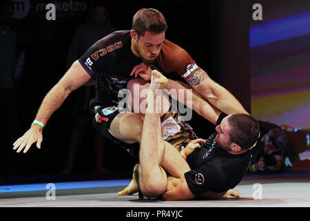 Westbury, New York, USA. 27th Sep, 2018. GARETH HOERNEL fights against ALEC HOOBEN during the 5th RISE Invitational grappling event at the Space in Westbury, New York. Credit: Anna Sergeeva/ZUMA Wire/Alamy Live News - Stock Photo