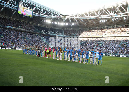 Torino , Piemonte , ITALY: 2018-09-29-  Italian Serie A football match Juventus - Napoli at the Allianz stadium in photo deployment of teams Napoli and Juventus (Antonio Balasco) Credit: Antonio Balasco/Alamy Live News - Stock Photo